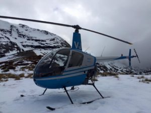 helicopter training landing in snow